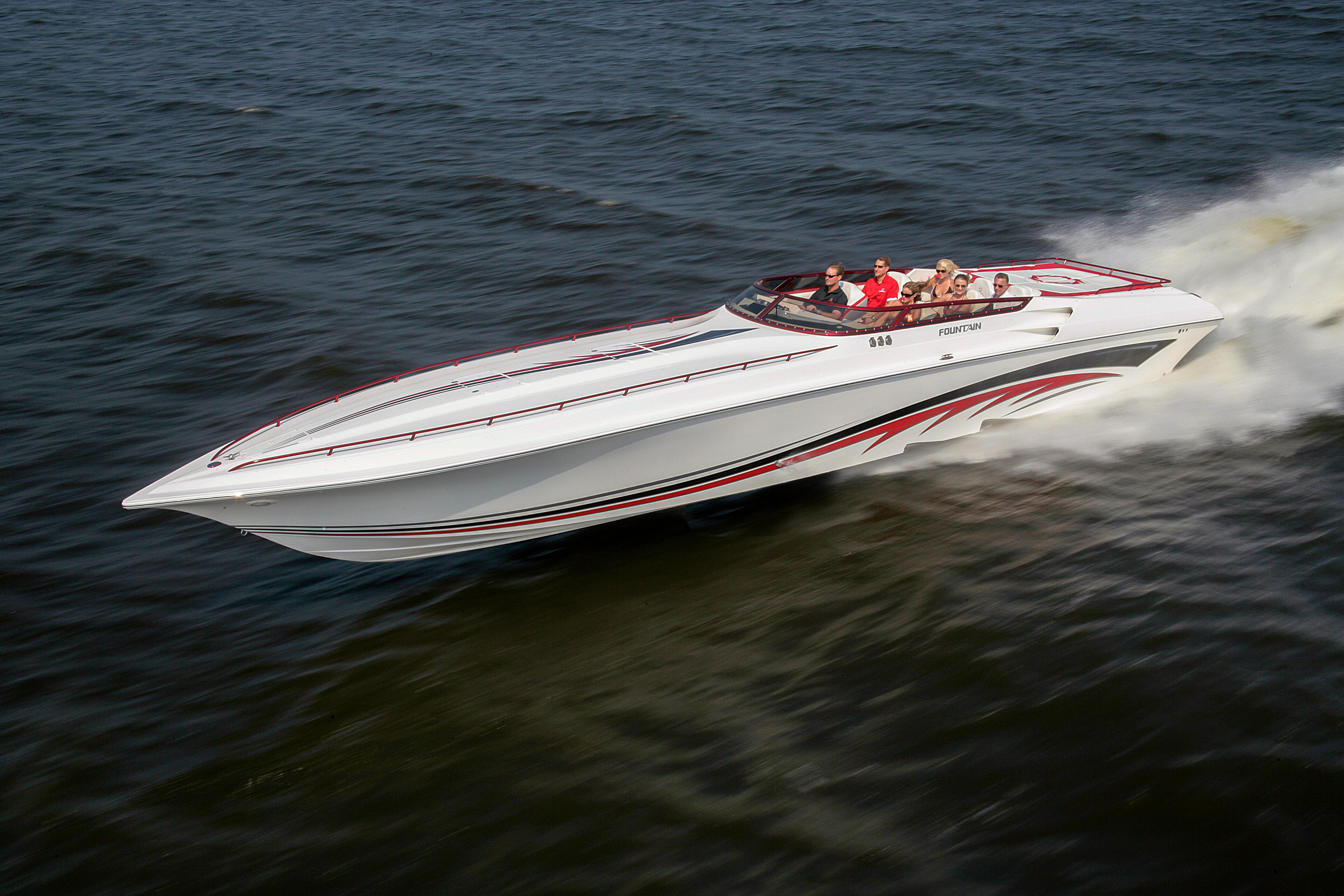 47 Lightning Performance Boat Fountain Powerboats