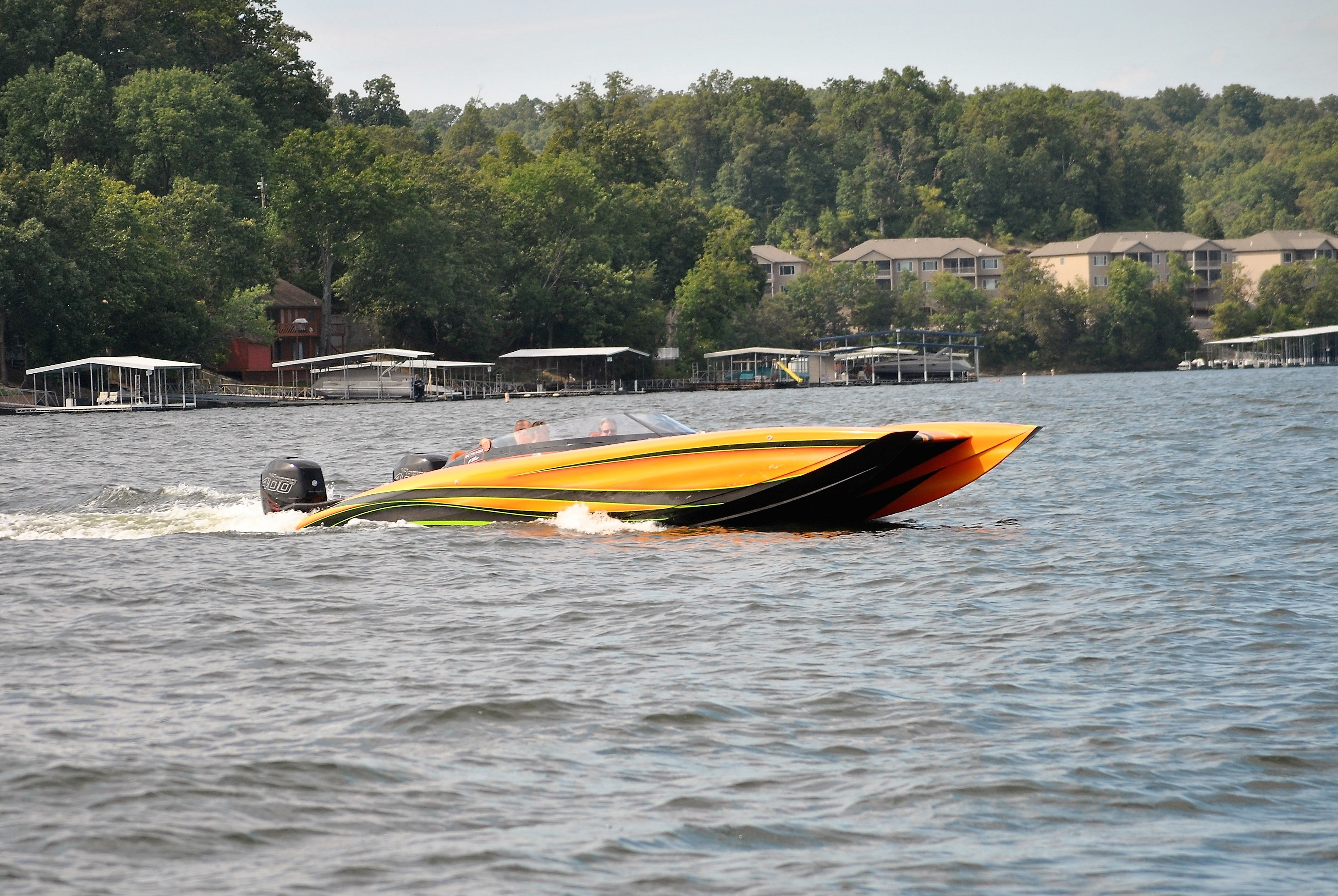 CAT Performance Boat | Fountain Powerboats